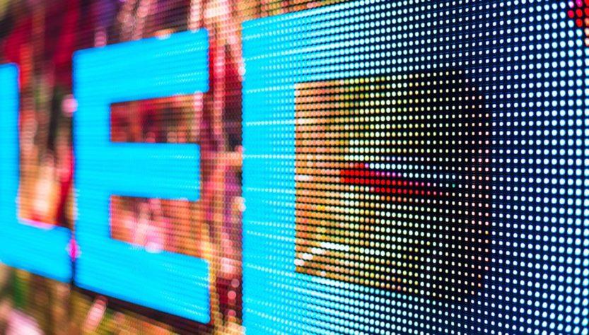 Quali sono le migliori tecnologie multimediali per creare uno stand fieristico di successo